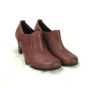 Clark  Brown Leather Heeled Ankle Booties